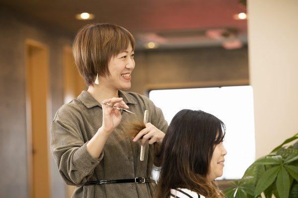 松戸やその周辺でくせ毛に悩んでいる方がいらっしゃいましたらご相談ください。