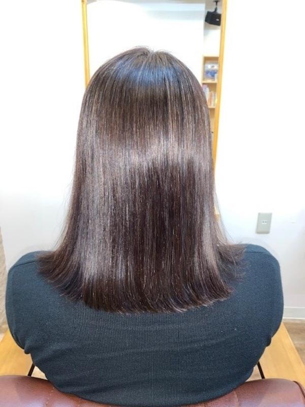 くせが強く、毛先に縮毛矯正でダメージが気になる方へサムネイル